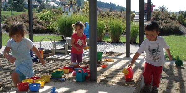 Verlängerung der  Öffnungszeiten in unserem Kindergarten St. Vinzenz, Senkung der Elternbeiträge für Kleinkinder (U3)